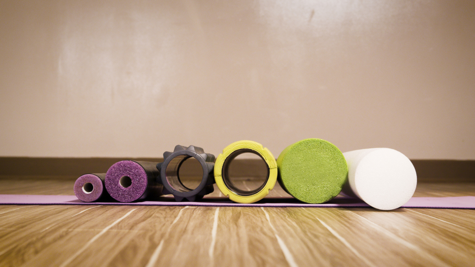 Comparison photo of different foam rollers from the front